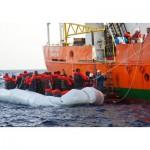 Grafika-Kids-00548 SOS MEDITERRANEE - Sauvetage en Mer