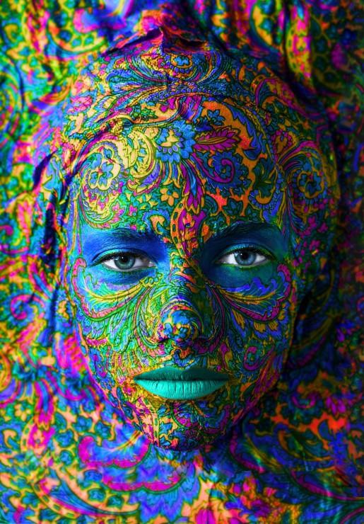 face-art-portrait-de-femme