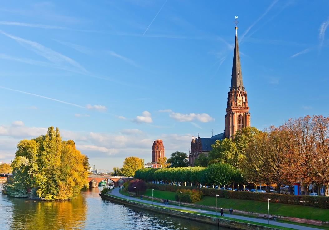 deutschland-edition-frankfurt-am-main-dreikonigskirche