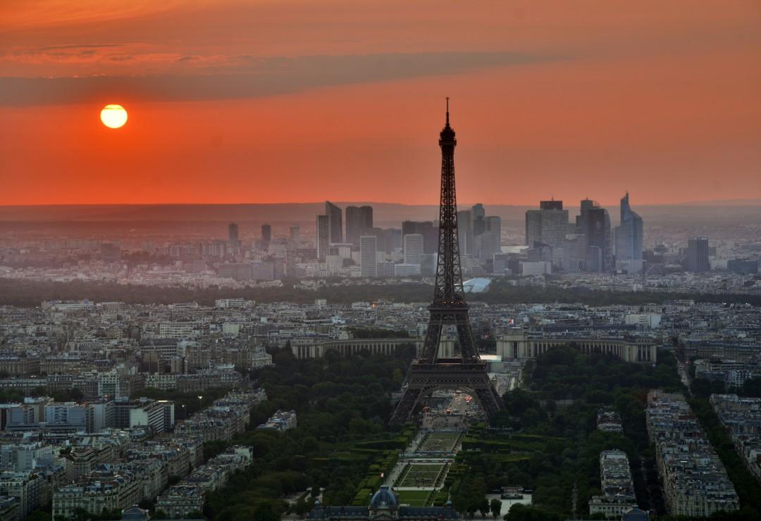 pieces-xxl-coucher-de-soleil-sur-paris