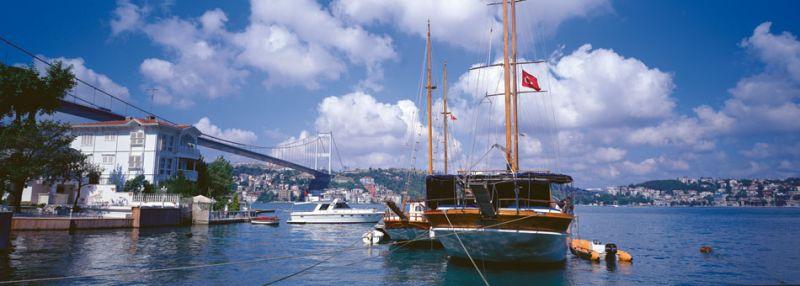 izzet-keribar-fatih-sultan-mehmet-bridge