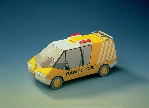 maquette-en-carton-camion-oamtc
