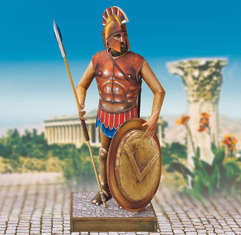 maquette-en-carton-soldat-dans-la-grece-antique