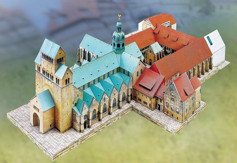 maquette-en-carton-cathedrale-d-hildesheim