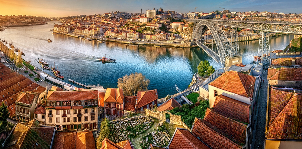 the-last-sun-on-porto, 19.95 EUR @ go